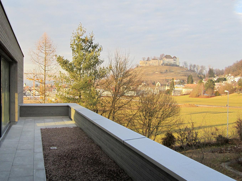 Wohnen mit Schlossblick, Blick auf Schloss Lenzburg
