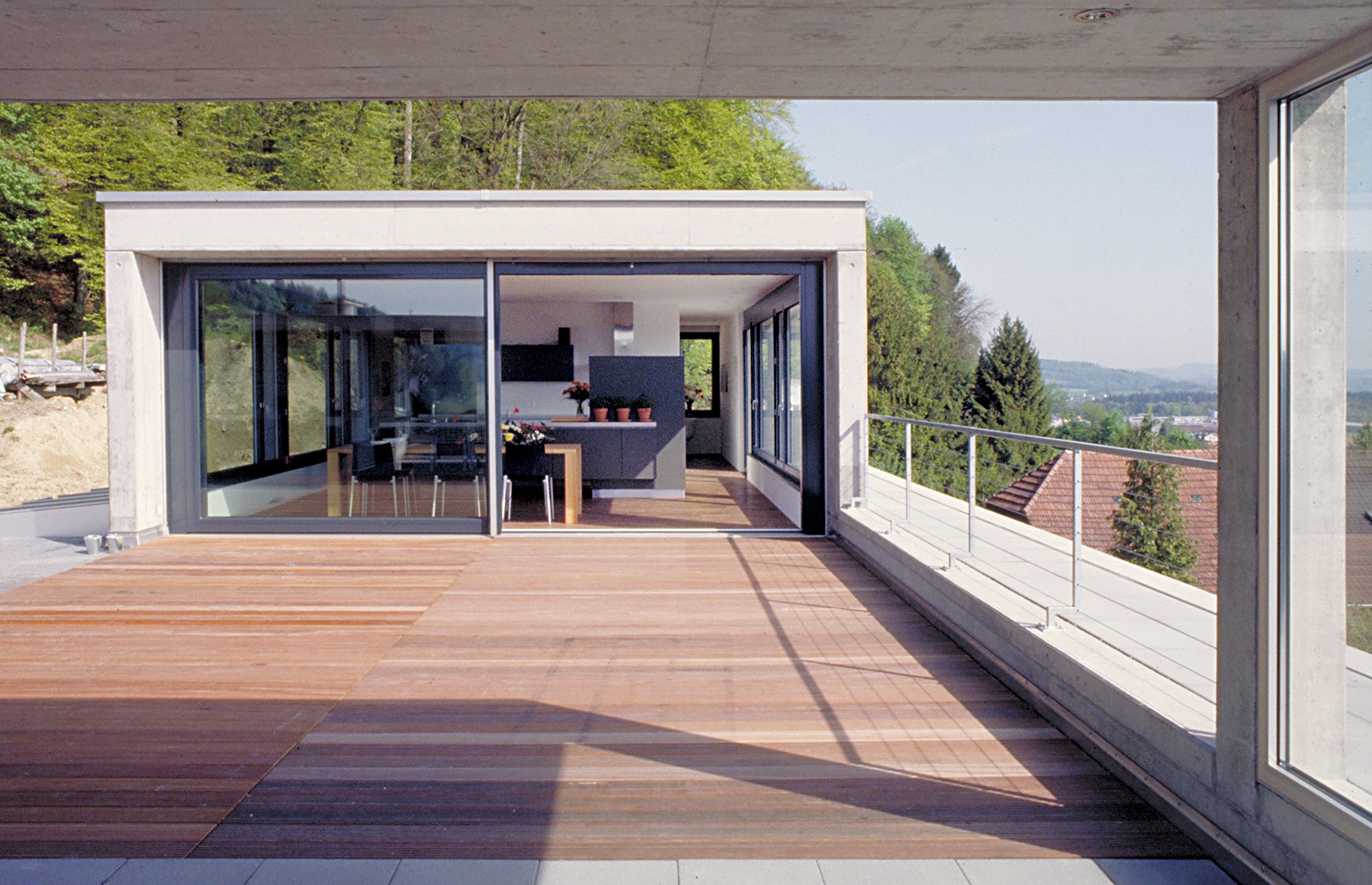 The growing house, interior/exterior