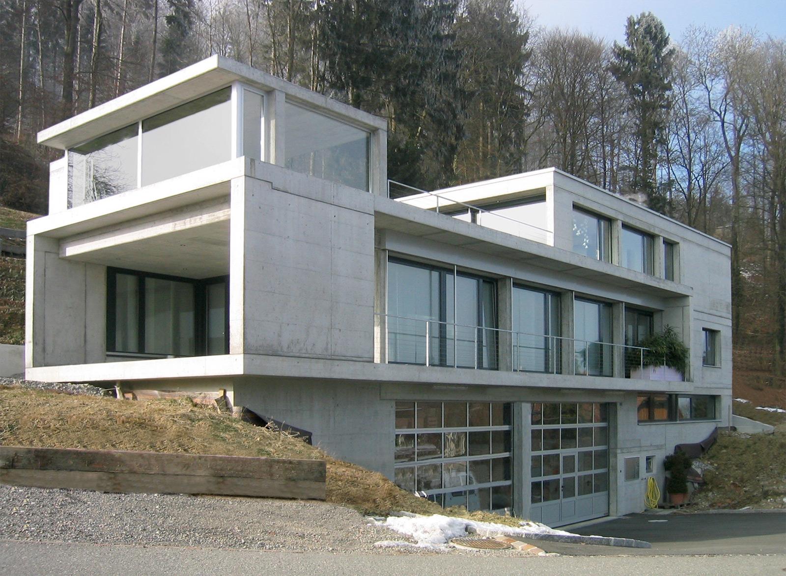Das wachsende Haus, Ansicht Strasse