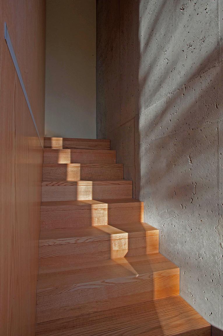 mehrfamilienhaus sedleren herrenhaus schwyz bauten. Black Bedroom Furniture Sets. Home Design Ideas